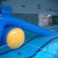 Waterglijbanen in het zwembad