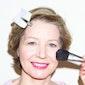 De nieuwste lente- en zomerkapsels en make-up trends