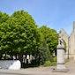 Hoven van Eerbied: het kerkhof van Alveringem