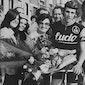 Vintage / brocante markt + Ronde van Vlaanderen op groot scherm
