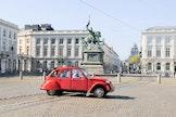 Het essentieel van de Vijfhoek... in a Citroën 2PK