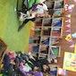 Leeslekker in bibliotheek Driehoek
