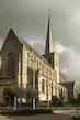 Sint-Waldetrudiskerk sierlijk getooid