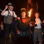 Supervlieg - Slotact: The Victorian Scientists (Circus Paljasso)