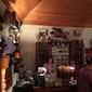 Proeven van een streekbiertje in het museumcafé 't Koetshuis