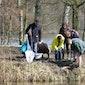 Turfmeersen op z'n zondags - met onderzoek van het leven in het water