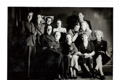 Dotremont en de surrealisten. Een jeugd tijdens de oorlog (1940-1948)