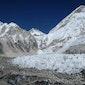 Trekken en klimmen op extreme hoogte in de himalaya