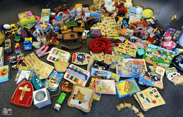speelgoedmarkt gelijklopend met de tweedehandsbeurs