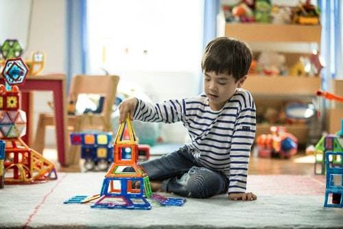 Kidskriebels – Clicformer/Magformer bouwkamp