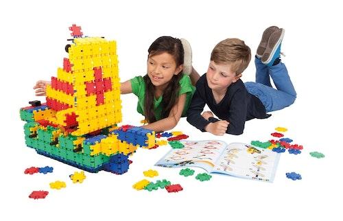 Kidskriebels – Clics en Lego bouwkamp