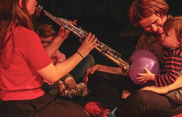 Het Fluisterhuis: Muzikale sluimersessie voor baby's en peuters
